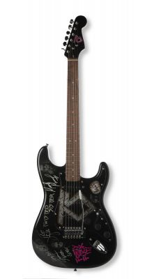 TWISTED SISTER.Guitar signed by Twisted Sister, including A.