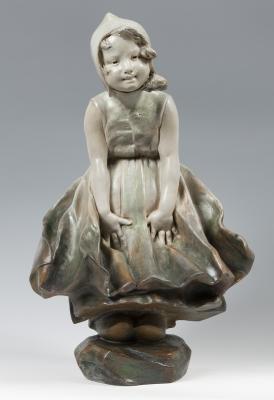 """Joven"".  Escultura de estilo modernista, ca. 1900."