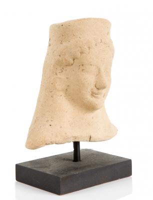 Cabeza femenina; Grecia, siglos VI-V a. C