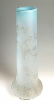 "Gran jarrón Art Nouveau ""Almendro"" de DAUM; Francia, hacia 1910."