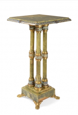 Mesa de época Napoleón III; Francia, segunda mitad del siglo XIX.