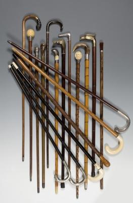 Colección de 18 bastones del s. XIX