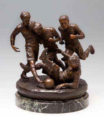 """""""Futbolistas"""" Escuela europea, estilo Art-Decó, ca. 1920-30."""