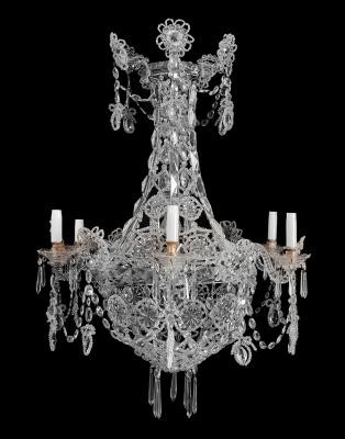 Importante lámpara de araña. España, mediados del siglo XIX.