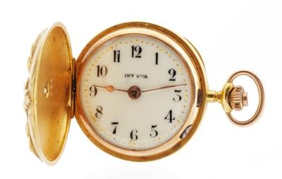 Reloj para colgar INVICTA para señora.