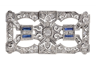Broche en platino con plaqueta estilo art Deco tardío,