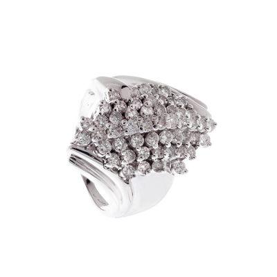 Sortija en oro blanco de 18kts. Modelo cuerpo de erizo con línea de diamantes talla brillante a diferentes niveles,  color I/J,.