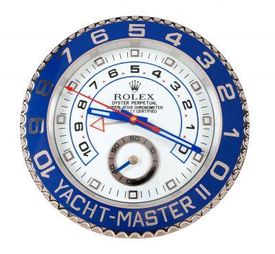 Réplica de pared del reloj YACHT-MASTER II de oro. El...