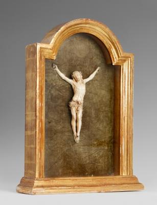 Cristo crucificado del siglo XIX. Marfil tallado