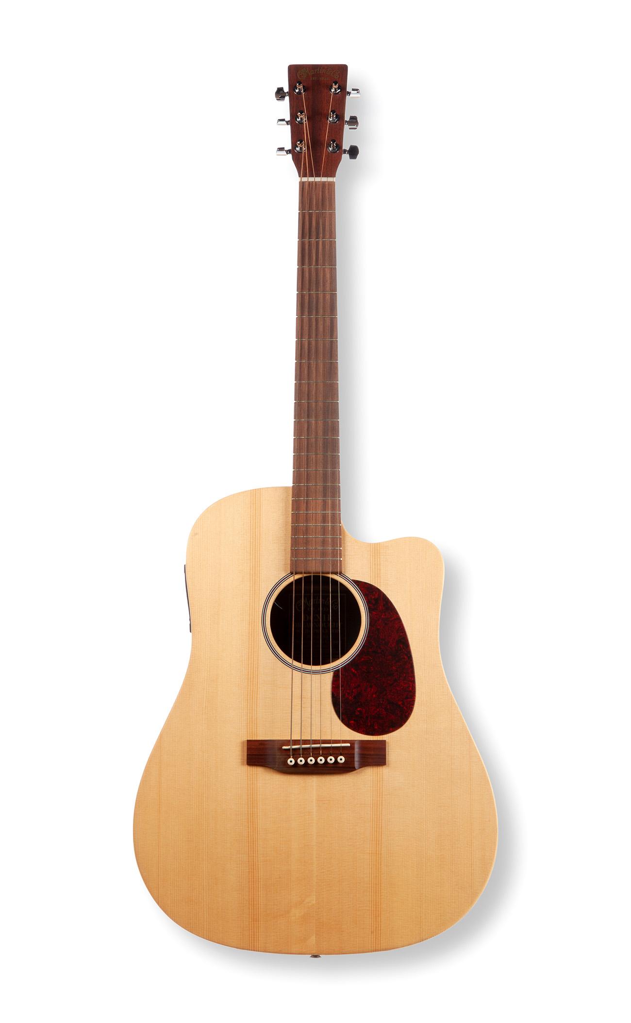 Guitarra Martin DCX1E DreadnoughtSerial 1116697Made in USA.