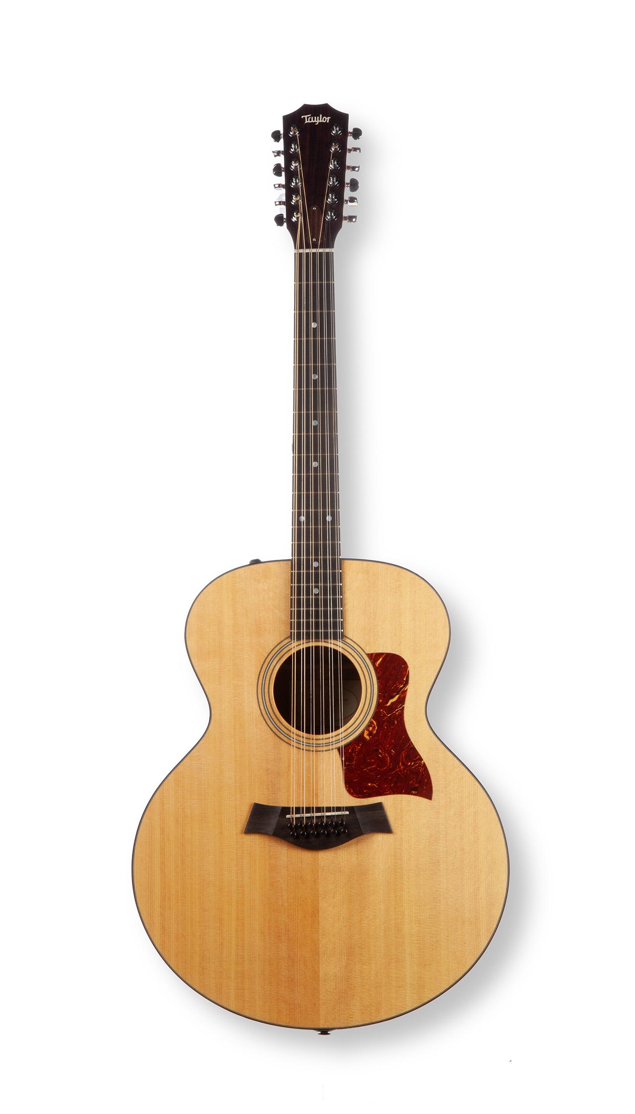 Guitarra acústica Taylor. 2002