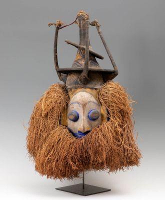 Ndeemba mask, Yaka. Democratic Republic of the Congo, first half of the 20th century.