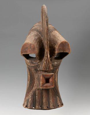 Songye mask, Kifwebe. Democratic Republic of the Congo, first half of the 20th century.