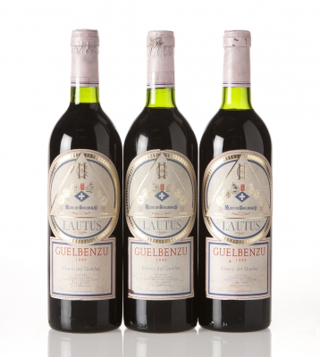 Tres botellas de Guelbenzu Lautus 1999.