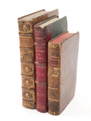 Tres libros de temática cristiana, siglos XVII y XIX.