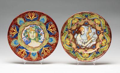JOSEP GUARDIOLA BONET (Barcelona, 1869 - 1950).Pair of enameled ceramic dishes, 1928, Barcelona.