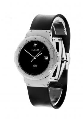 Reloj HUBLOT Classic. Esfera en negro, sin indicaciones horarias