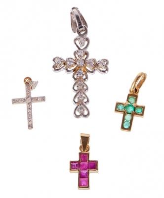 Conjunto de cuatro cruces oro blanco y amarillo