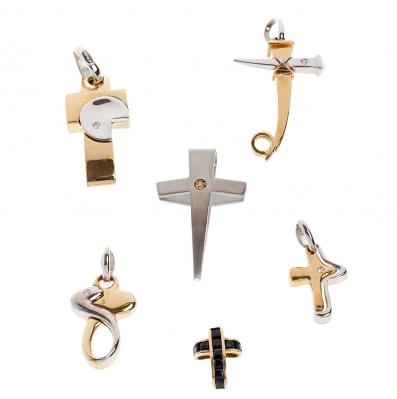 Lote 6 cruces oro 18kts. Conjunto seis cruces realiza