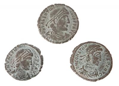 Monedas de ½ Centenional de Valentiniano II, Valente