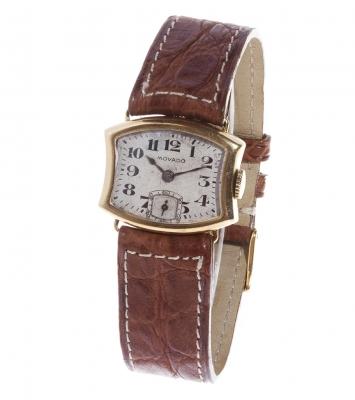 Reloj MOVADO, de la década de 1930-40, en oro, cuerda manual.