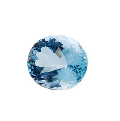 Berilo natural variedad aguamarina color azul transparente y peso ca.