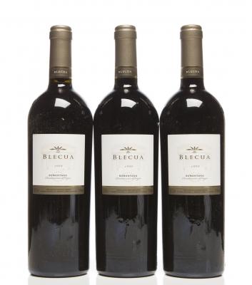 Tres botellas de Blecua 1998.Categoría: vino tinto.