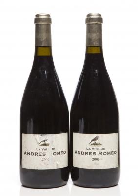 Dos botellas de La Viña de Andrés Romeo 2001.Categoría: vino tinto.