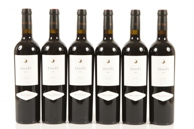 Seis botellas de Dofí 2004.Categoría: vino tinto.