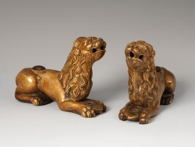 Pareja de leones. Gótico  s.XIV.Bronce.