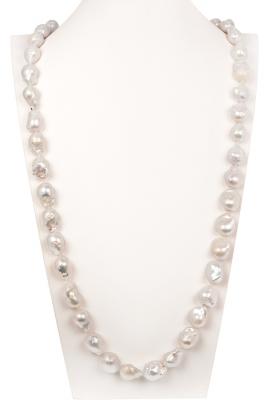 Collar de perlas cultivadas Kasumi
