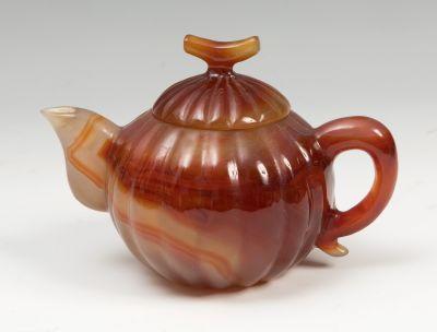 Teapot. China, 19th centuryCornelian.