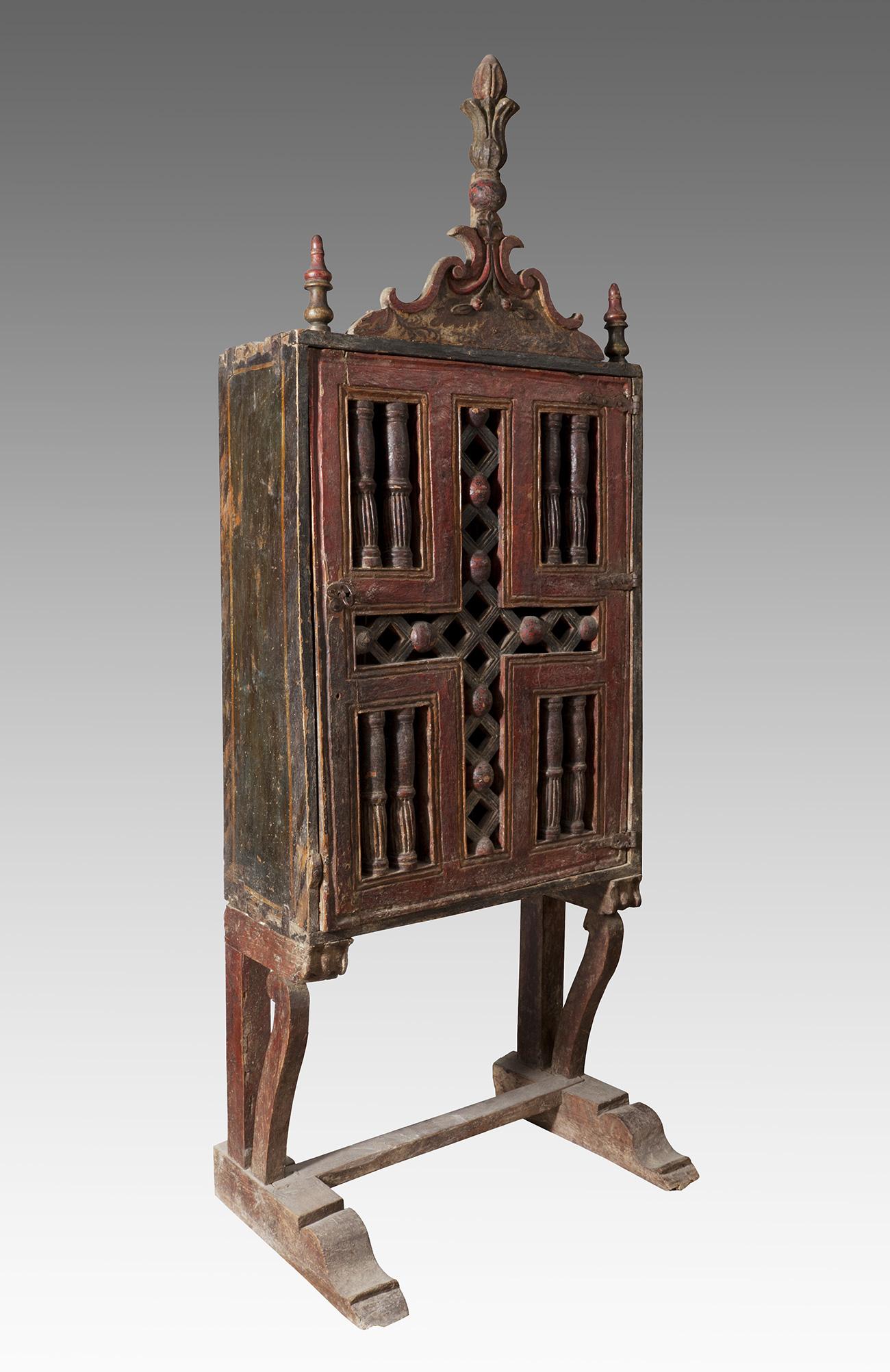 Mueble Aragon S Del Siglo Xvii Madera Tallada Con Policrom A  # Muebles Renacentistas