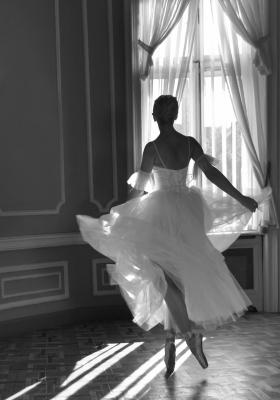 DMITRY SAVCHENKO (Rusia, 1970).Ballerina.