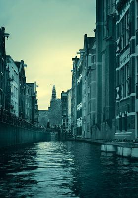 DMITRY SAVCHENKO (Rusia, 1970). Mysterious Amsterdam