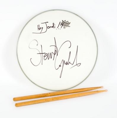 STEWART COPELAND.Parche de batería Remo Ambassador, Stewart Copeland.