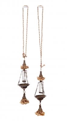Pareja de lámparas votivas, s.XVI.En plata.