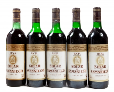 Cinco botellas de Solar de Samaniego, cosecha de 1985 (...
