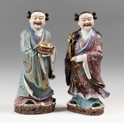 Couple of dignitaries. China, late 19th-early 20th century.