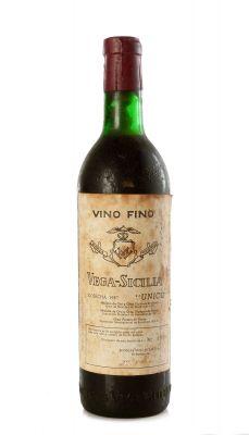 Botella de Vega Sicilia Único 1957.