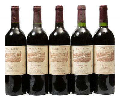 Cinco botellas de Remelluri, Reserva de 1994 (3), 1990 (1) y 1993 (1). Categoría: vino tinto.