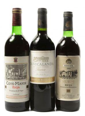 Selección de tres botellas Rioja,  una de Coto Mayor Reserva de 1981,..