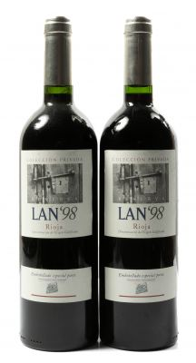Dos botellas de Lan'98, Reserva, 1998 Categoría: vino tinto. D.