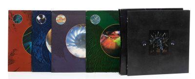 PINK FLOYD. 1 álbum con 4 LPs de vinilo.