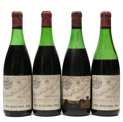 Cuatro botellas de Viña Bosconia, 1954, R. López de Heredia Viña Tondonia.