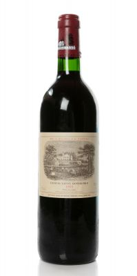 A bottle of Château Lafite Rothschild, vintage 1993.Category: red wine.