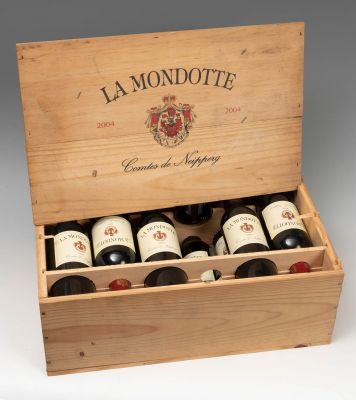 Twelve bottles La Mondotte wineries Vignobles Comtes Von Neipperg, 2004.Category: red wine.