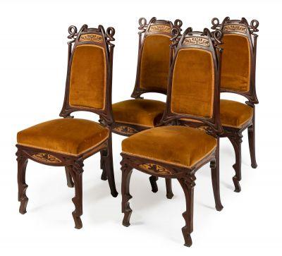 Set of four modernist chairs attributed to GASPAR HOMAR MEZQUIDA (Bunyola, Mallorca, 1870 - Barcelona, 1953).Mahogany wood.