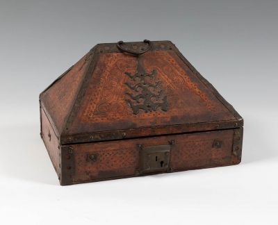 Late Gothic box, 16th century.With bronze and polychrome hardware.