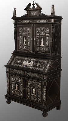 Italian cabinet, second half of the 19th century. Ebonised wood and ivory reliefs.